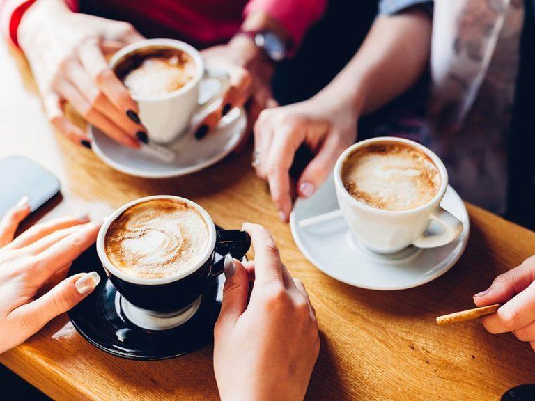 Boire du café à jeun, voici ce qui peut arriver à notre corps